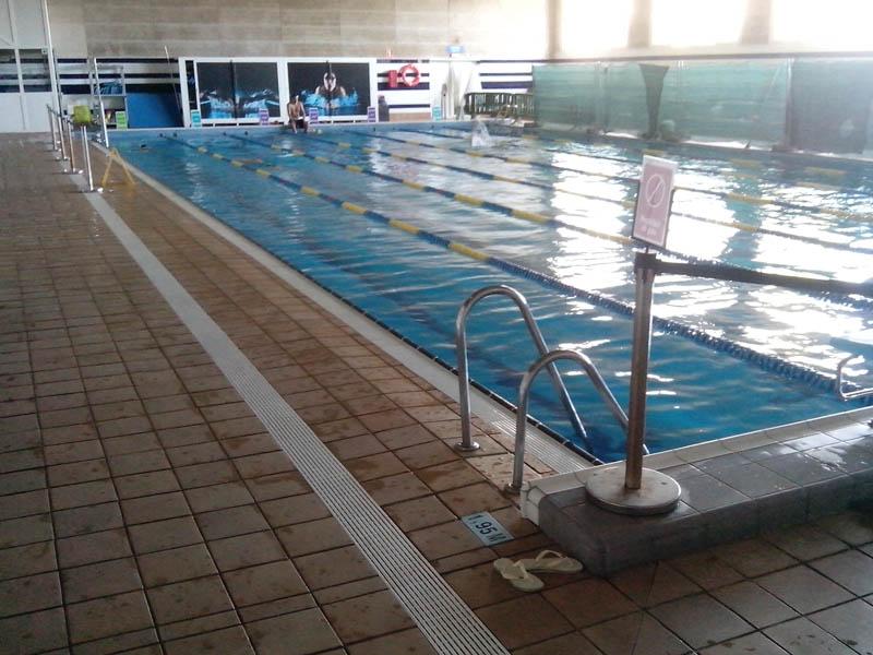 playa de piscina interior antides tratamientos